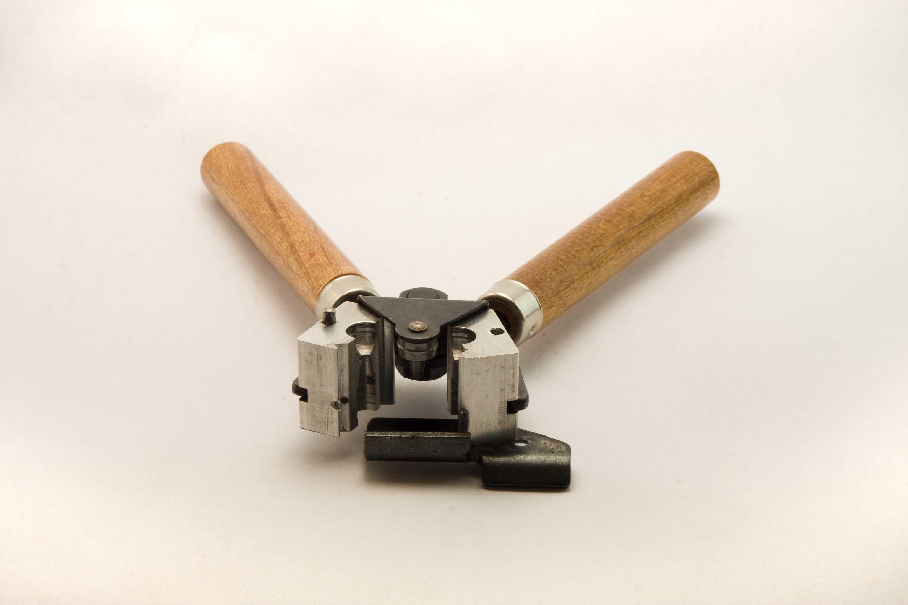 Bullet maker open
